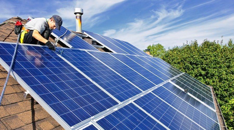 Placas solares y su mantenimiento