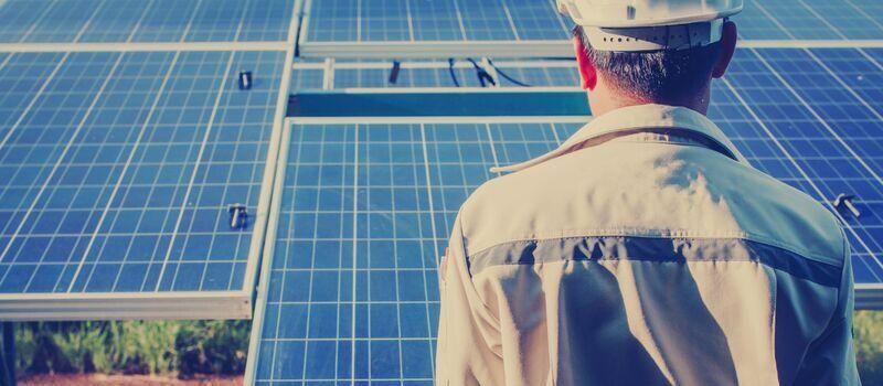 Mantenimiento Paneles Solares Placas Fotovoltaicas Instalaciones Ahorro Energía Solar E4e Soluciones