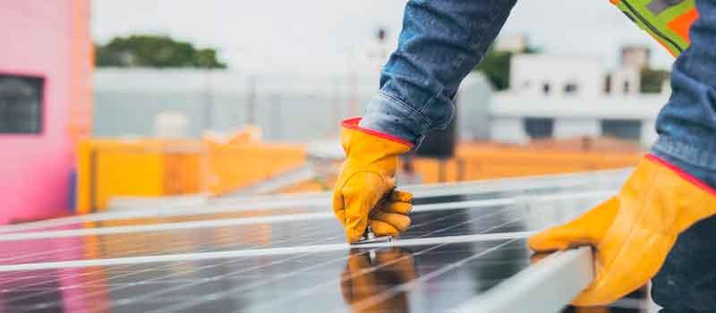 https://www.e4e-soluciones.com/wp-content/uploads/2021/09/guia-de-las-bonificaciones-de-ibi-e-icio-para-autoconsumo-fotovoltaico.jpg